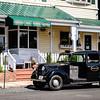 1958 Austin FX3 Taxi outside Oxford Inn, 504 South Morris Street, Oxford, Maryland