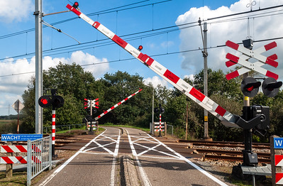 Cycleway level crossing