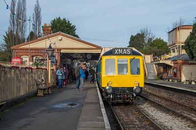 Class 117 at Toddington