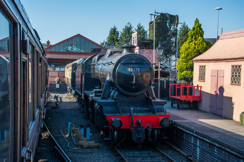 8F 48773 on display at Kidderminster