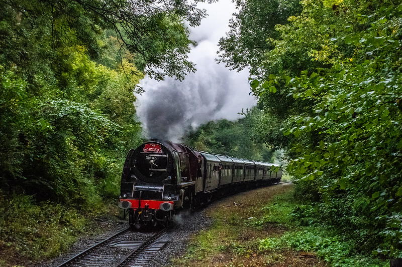 6233 'Duchess of Sutherland' approaches Country Park Halt
