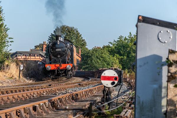30541 Q Class - Wribbenhall Viaduct