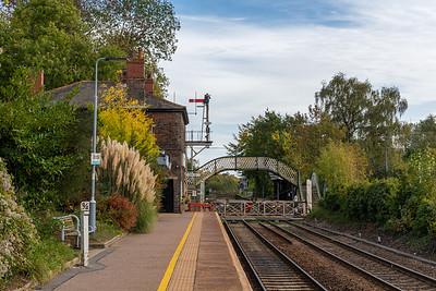 Brundall Station - Gated Crossing & Semaphore Signals