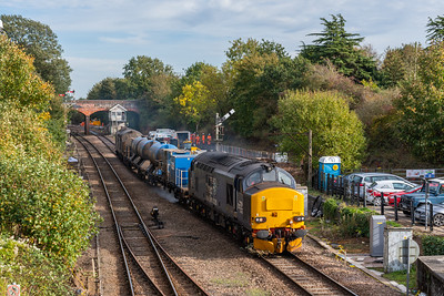 37423+37606 on RHTT train at Reedham Junction