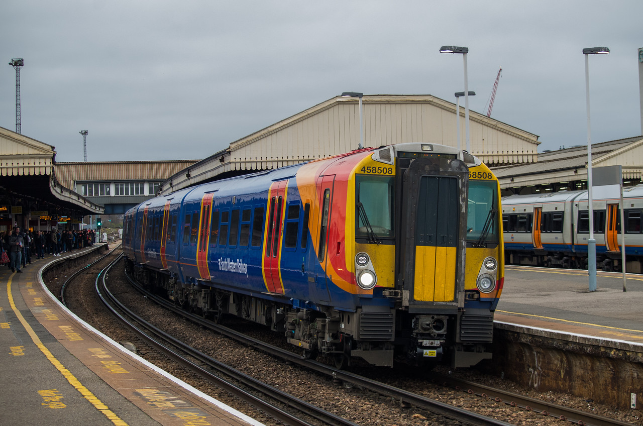 458508, Clapham Junction