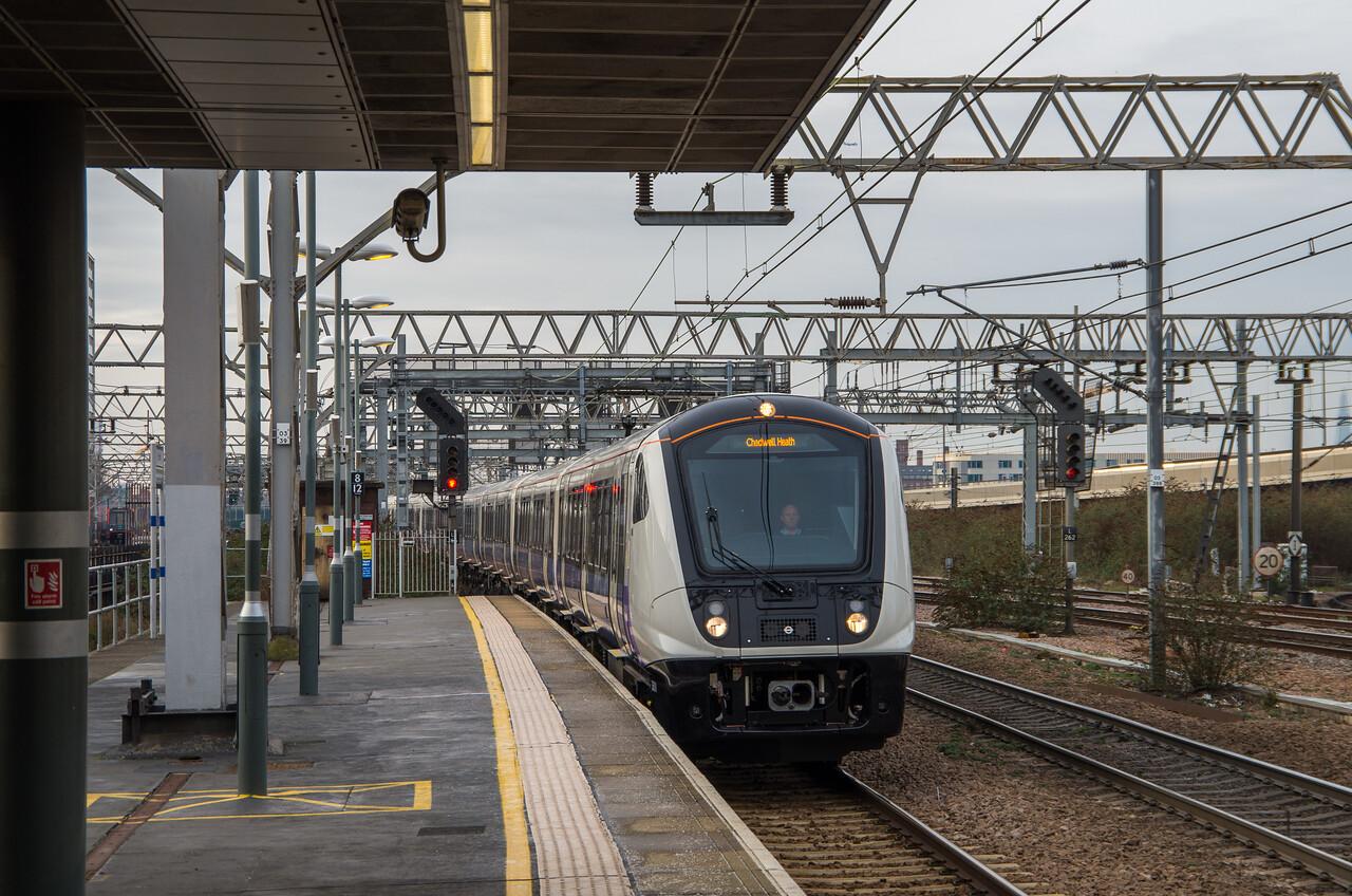 Class 345, TfL Rail, Stratford