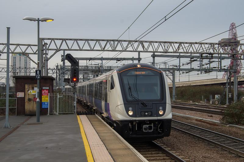345016 (TfL Rail), Stratford