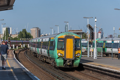 377407, Clapham Junction