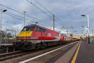 82204 & LNER Mark 4s, Peterborough