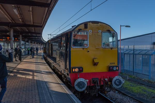 20305 & 20302 run through York