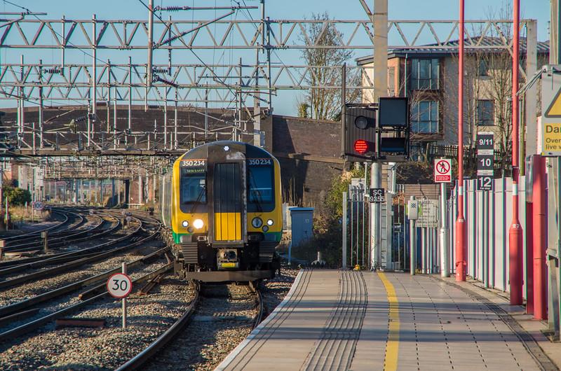 London Midland 350234 arrives into Stafford