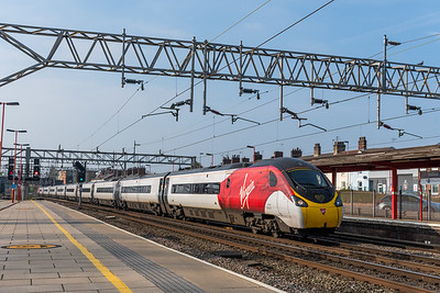 """390001, Stafford """"Bee Together"""""""