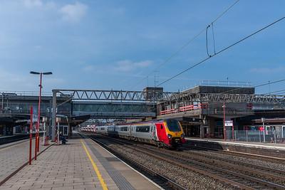 Virgin Trains 221112/221101, Stafford