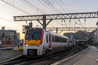 175107 (TfW), Manchester Piccadilly