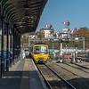 GWR 166 208 arrives at Shrub Hill
