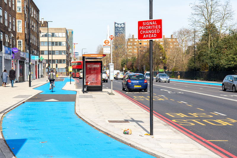 Bus stop bypass cycleway