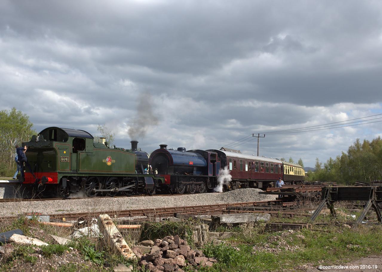 Trains at Lydney Junction 001 (April 2014)