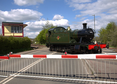 The 5541 arriving at Lydney Junction 007
