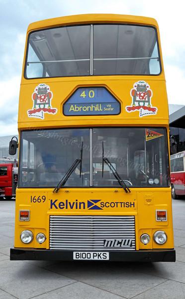Vintage Bus - Riverside Museum - 17 June 2012