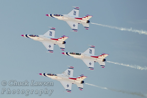 AIRCR0003-The USAF Thunderbirds precision flight team perform in a 4 plane diamond formation.