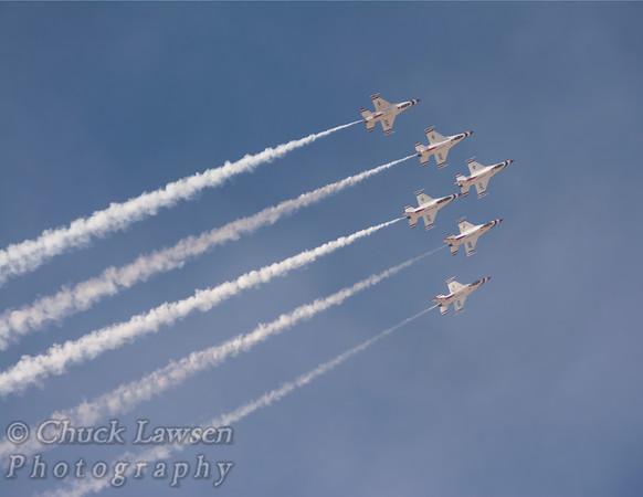 USAF Thunderbirds Demonstation Team in 6 plane formation.