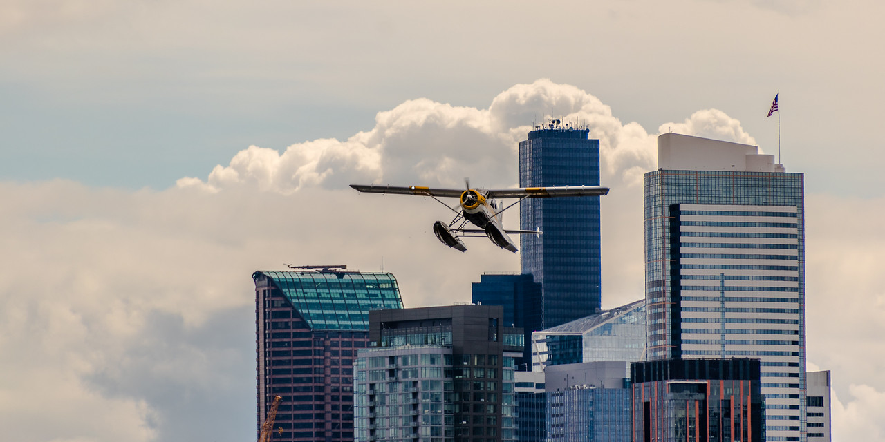 Kenmore Air from Seattle Skyline