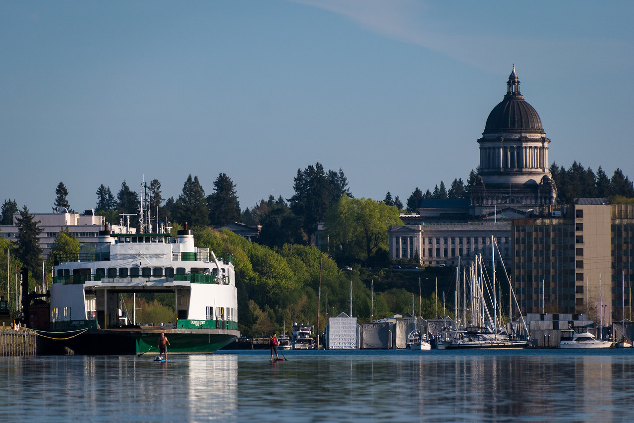 Evergreen State Ferry, Paddle Boarders & State Capitol
