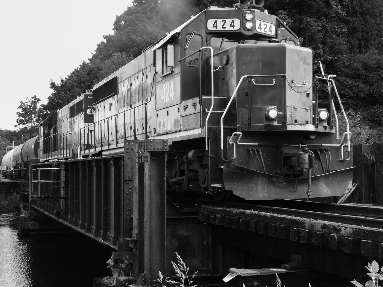 Train at Capitol Lake