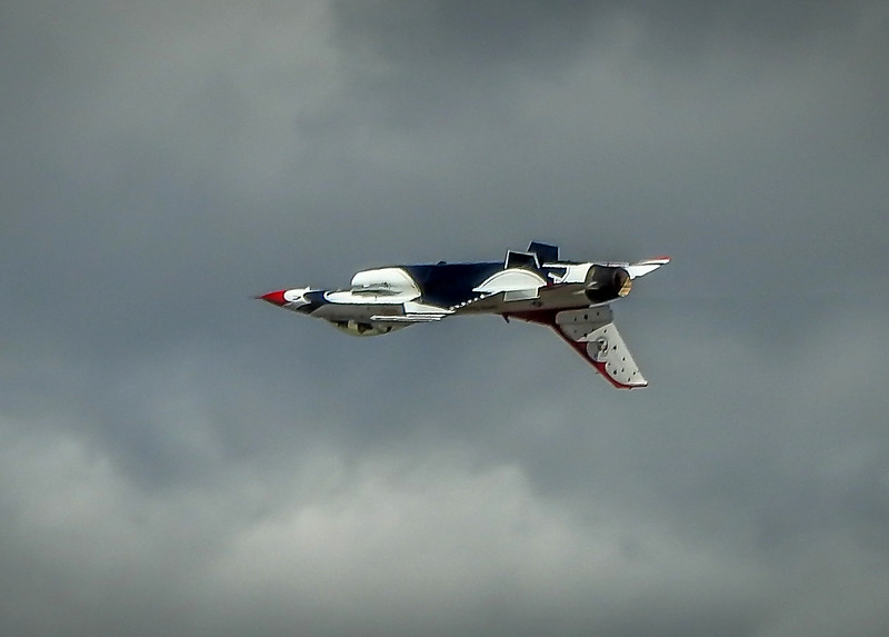 Inverted Thunderbird