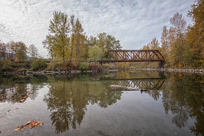 Snoqualmie River Fall Reflection Ped Bridge 10-18-18