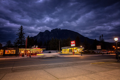 Downtown NB WA Evening Calm Before the Storm Dairy Freeze Mt Si 12-14-18