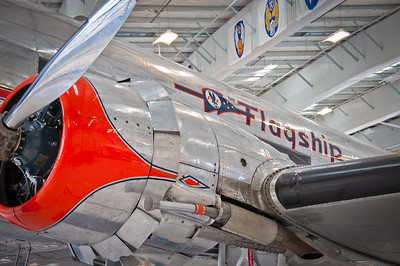 "Douglas DC-3 ""Flagship Orange County"""