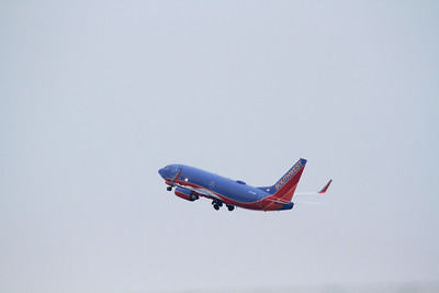 Southwest Airlines Boeing 737-7H4 departing Akron - Canron Airport (CAK) on 01/06/13