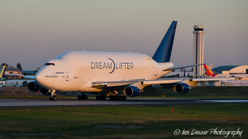 Boeing Dreamlifter at Paine Field