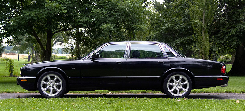 Jaguar XJ-S Supercharged Sedan
