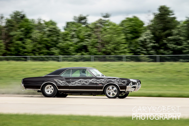 Olds 442 C running the 1/2 mile run at the Chicago WannaGOFAST.com event at the Bult Field Airport in Monee, IL 2013
