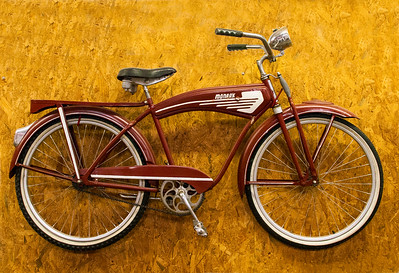 Red_Bike_CRW_5650
