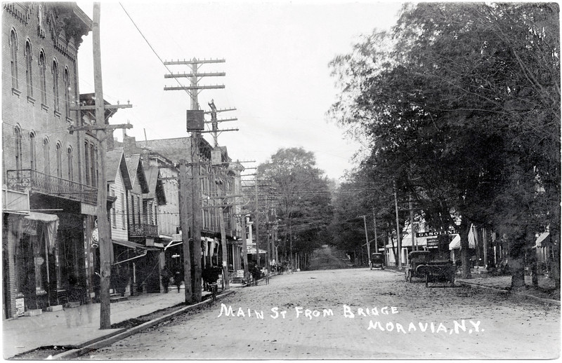 Main Street, looking North from the bridge, Moravia, NY. (Photo ID: 28008)