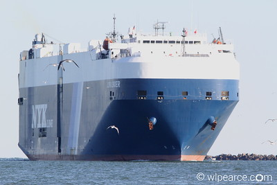 The Andromeda Leader RORO in-bound to Jacksonville.   Get notifications via: