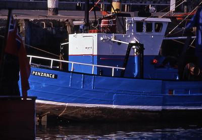 TrBoatFishCom1880600-06