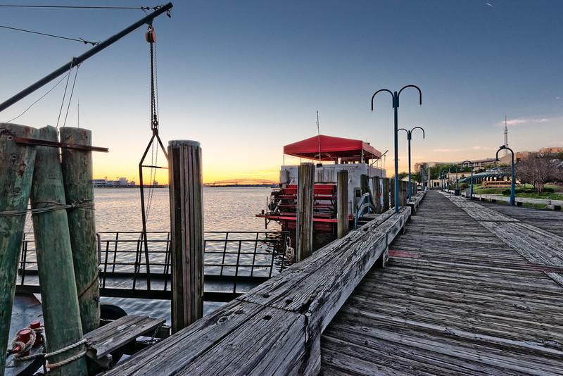 Jacksonville Riverwalk at Sunrise