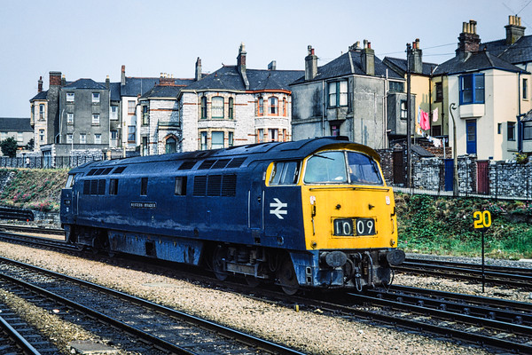 D1009 Western Invader at Plymouth 1976