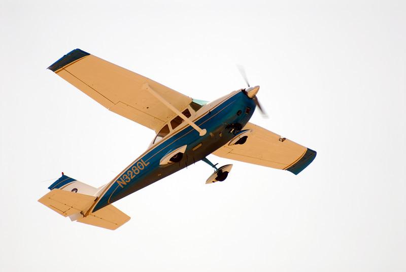 CESSNA 177 CARDINAL<br /> San Luis Obispo County Regional Airport, California
