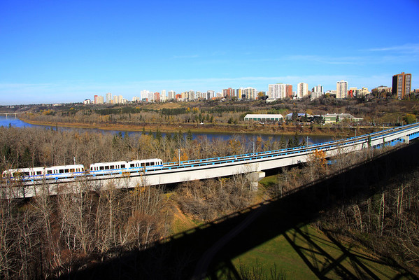 LRT River Crossing