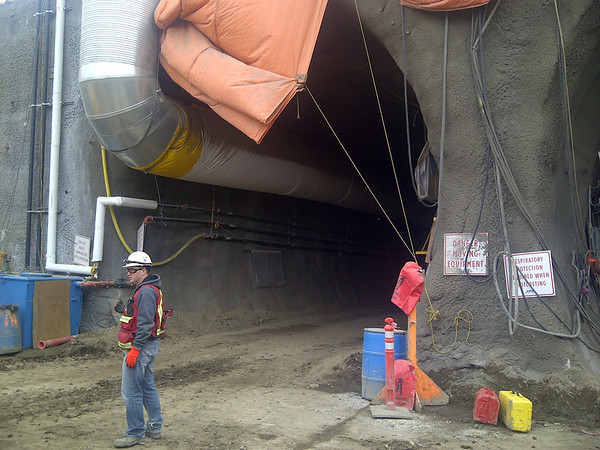 105 Avenue construction - Tunnel