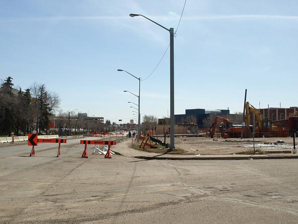 Kingsway Avenue roadblock