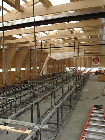 Service building - 105 Avenie