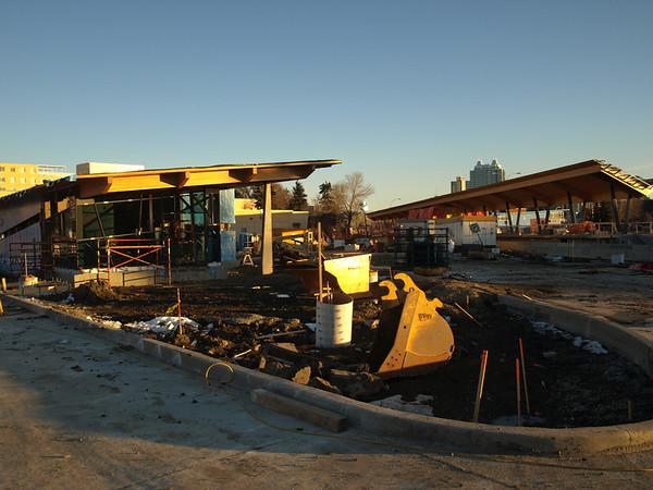 Royal Alexandra Hospital Station/ Kingsway Avenue bus shelter