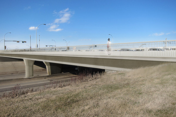 A view of a pedestrian crossing at the Whiemud-75th Street overpass. Wherever possible on this line, pedestrian and cyclist facilities are being developed or enhanced in order to promote active transportation options for Edmontonians.