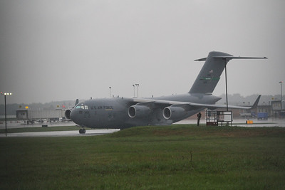 C17 Globemaster III transporting two presidential limos at Akron Canton Airport (CAK) - 09/26/2012